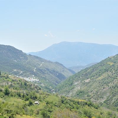 senderismo y turismo rural en la alpujarra capileira