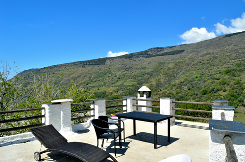 terraza superioehotel en capileira