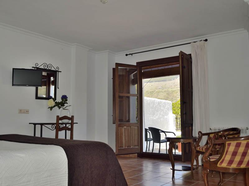 Habitaciones Superiores Con Terraza Hotel En La Alpujarra 3